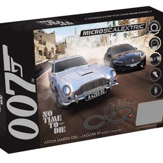 Scalextric Micro James Bond Set - No Time To Die (Battery Power)