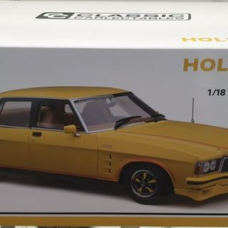 Holden HZ GTS Jasman Yellow Roadcar 1/18 Classic Carlectables