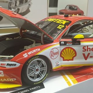 Ford Mustang  2019 V8 Supercar Fabian Coulthard DJR Team Penske 1/18