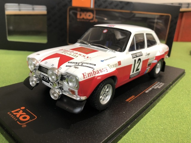 Ford Escort RS1600 Mk1 1971 RAC Rally Hannu Mikkola 1/18 IXO
