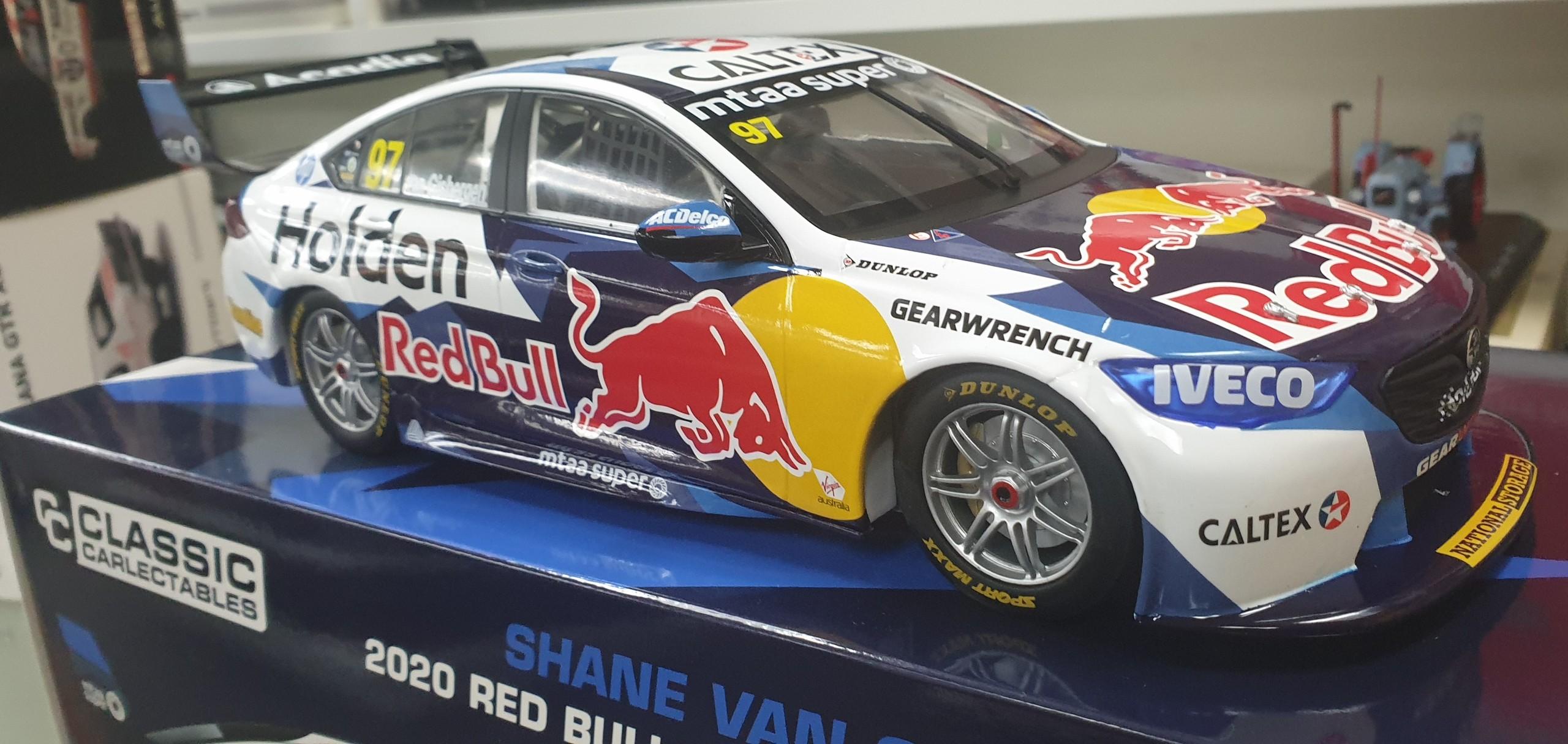 1/18 Holden Commodore ZB V8 Supercar 2020 Shane Van Gisbergen Red Bull